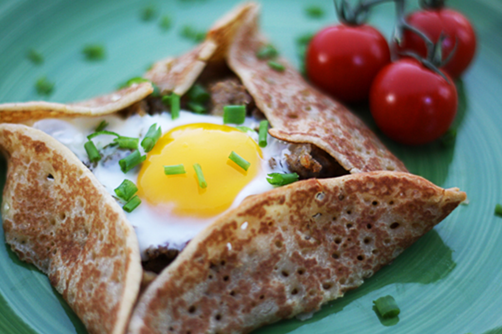 10 Things You Should Put an Egg On (or Inside) - healthy egg yolk recipes