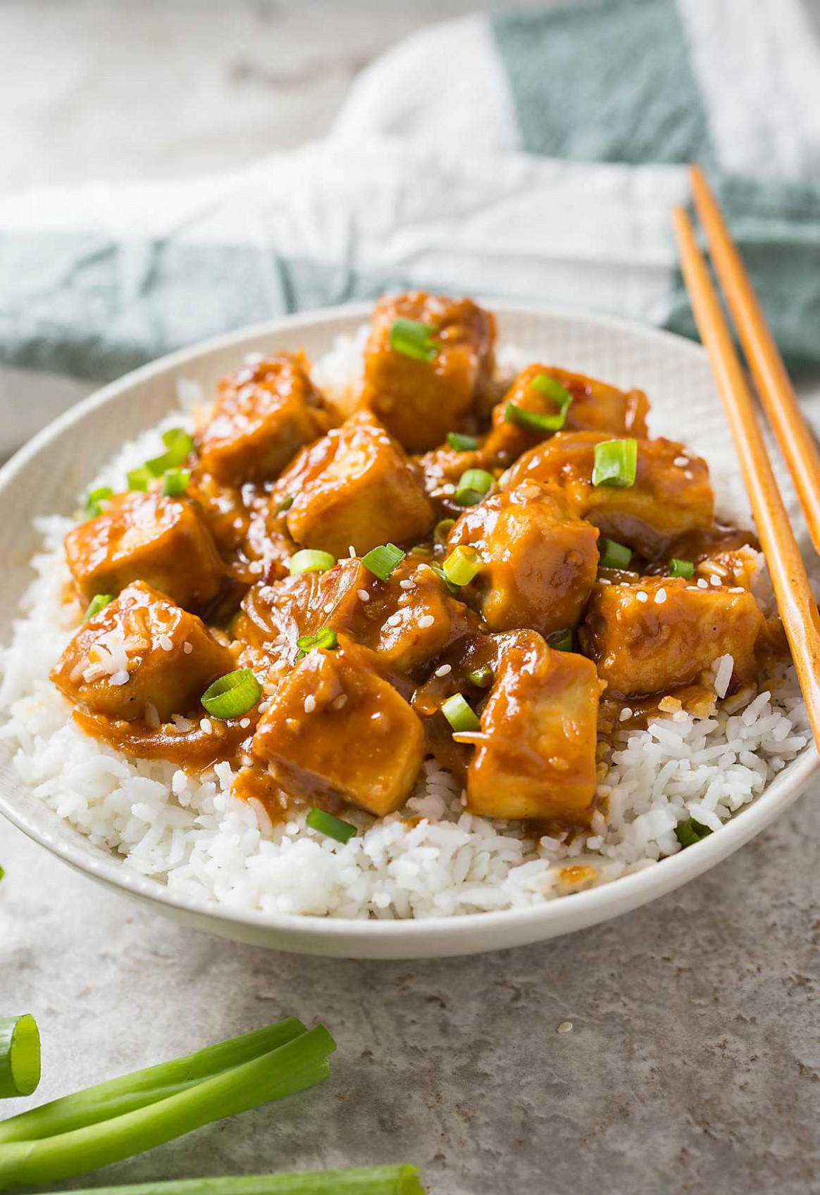 12 Min Healthy Asian Chili Garlic Tofu Stir Fry - Healthy Recipes Quick And Easy