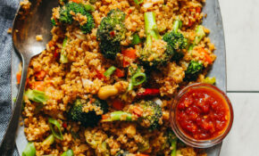"15 Minute Quinoa ""Fried Rice"" – Healthy Rice Recipes"