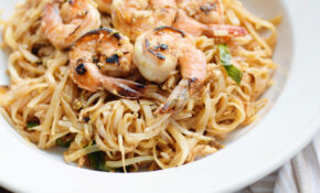 30 Minute Authentic Shrimp Pad Thai Recipe – SoFabFood – Unique Recipes Chicken