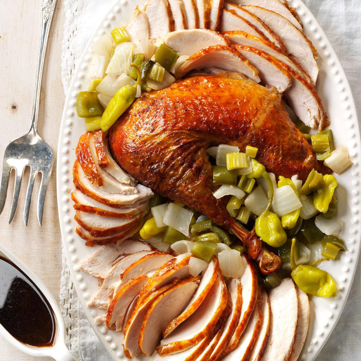 40 Thanksgiving Dinner Recipes to Feed a Crowd | Taste of Home - recipes thanksgiving dinner