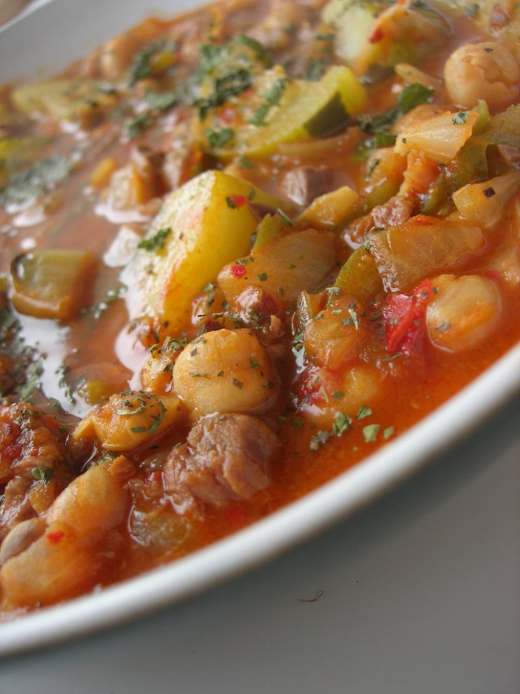 Almost Turkish Recipes: Zucchini with Beef and Garbanzo ..