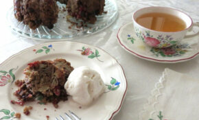 Apple Cranberry Cake With Coconut Milk Vanilla Ice Cream (non Dairy). China: Lunéville