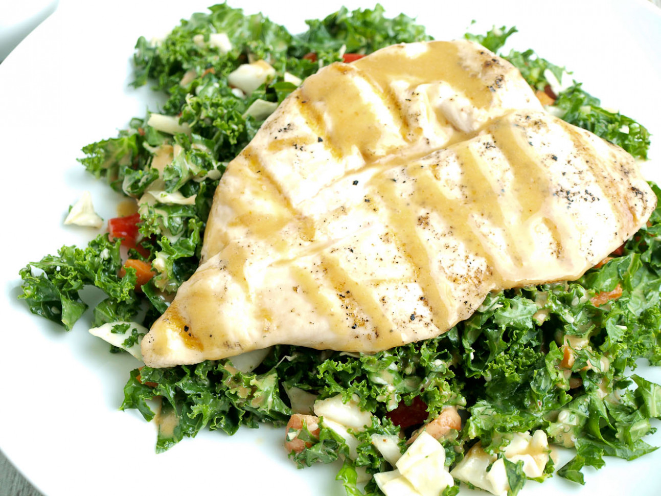 Asian Kale Salad with Grilled Chicken - Happy Healthy Mama - healthy chicken and kale recipes
