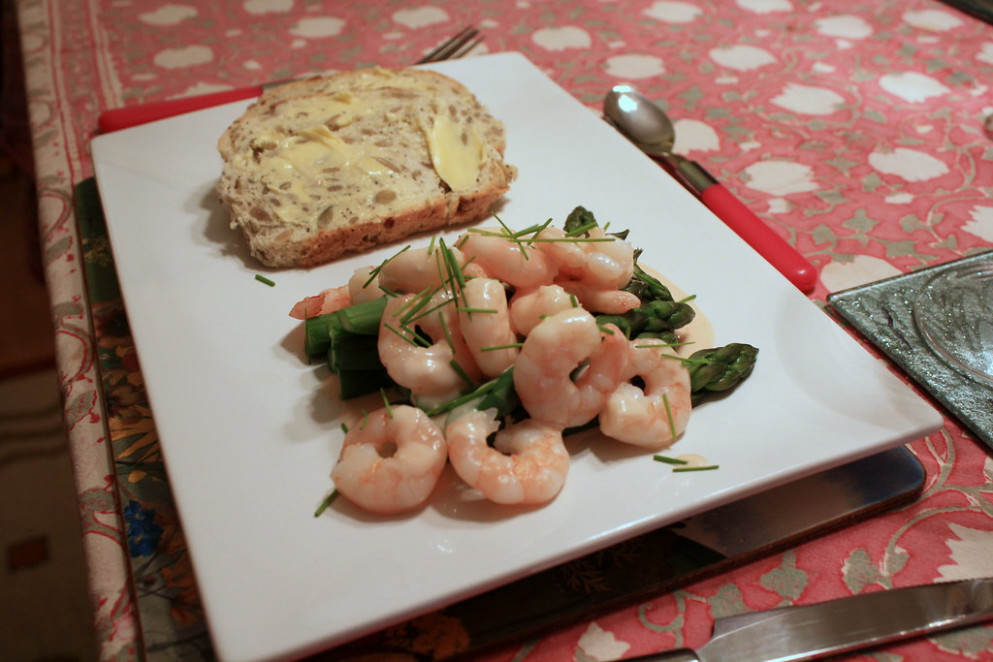 Asparagus, prawns and Marie Rose sauce - food recipes quotes
