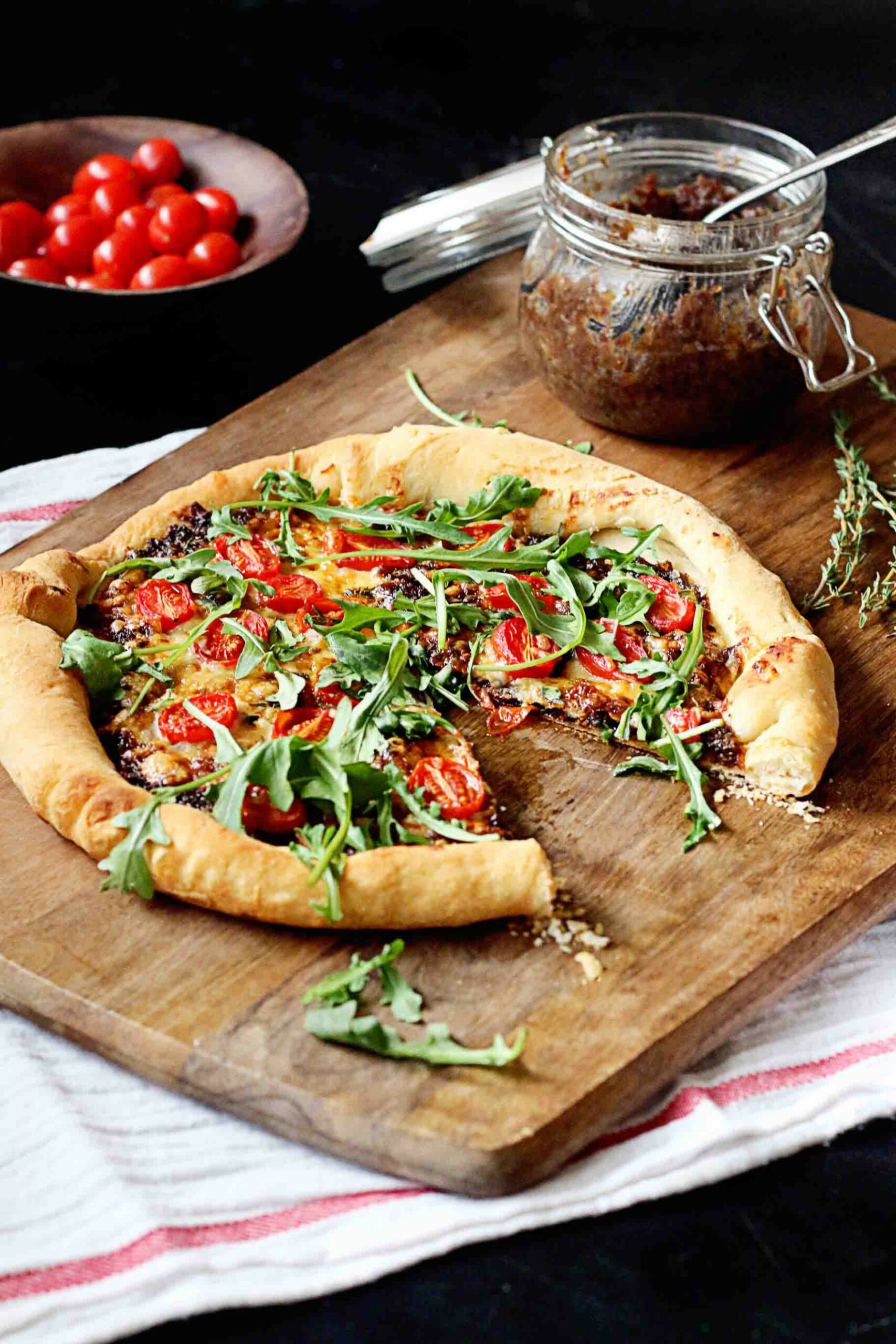 Bacon Jam Pizza With Jamie Oliver • Steele House Kitchen - Food Recipes Jamie Oliver