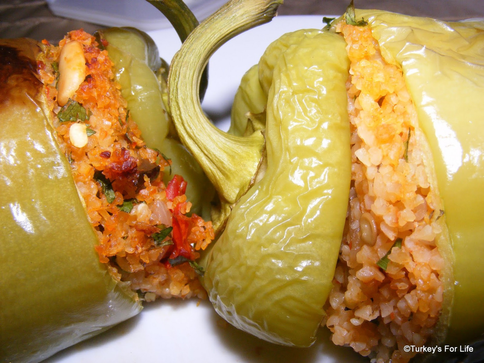 Baked Stuffed Peppers With Bulgur Wheat • Turkey's For Life - Recipes Turkish Food
