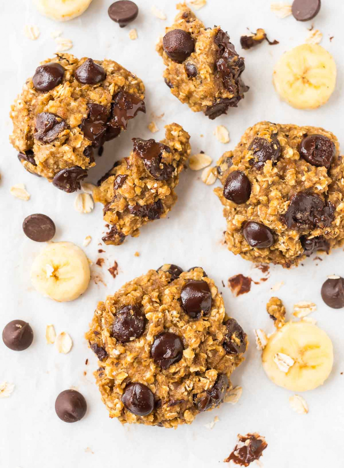 Banana Oatmeal Cookies with Chocolate Chips - healthy recipes ripe bananas