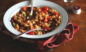 Beans With Sausages, Tomatoes And Sweet Pepper – Recipes With Sausage For Dinner