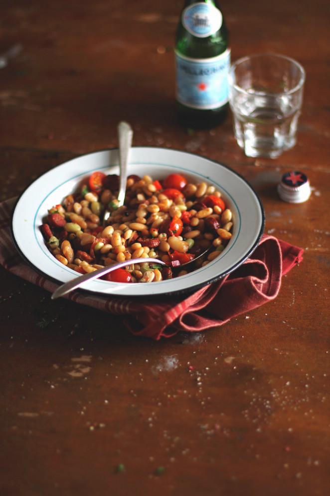 Beans with Sausages, Tomatoes and Sweet Pepper - recipes with sausage for dinner