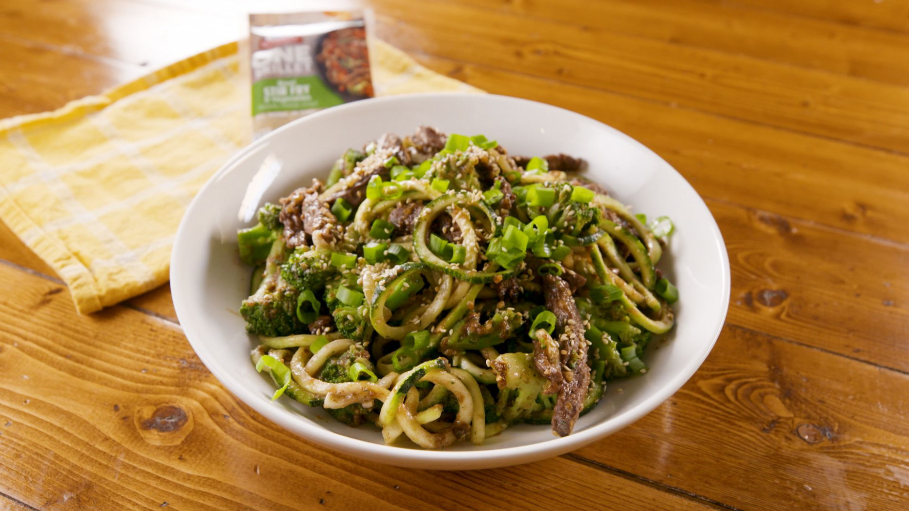 Beef & Broccoli Zoodles - Dinner Recipes With Zoodles