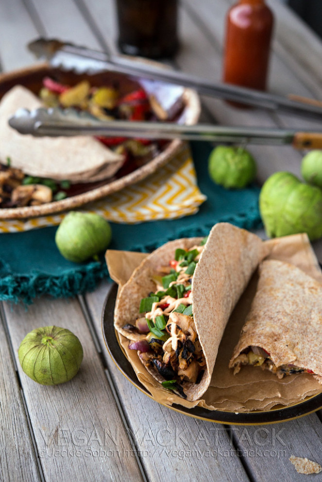 Beefy Jackfruit Tacos with Fajita Filling - recipes by food fusion