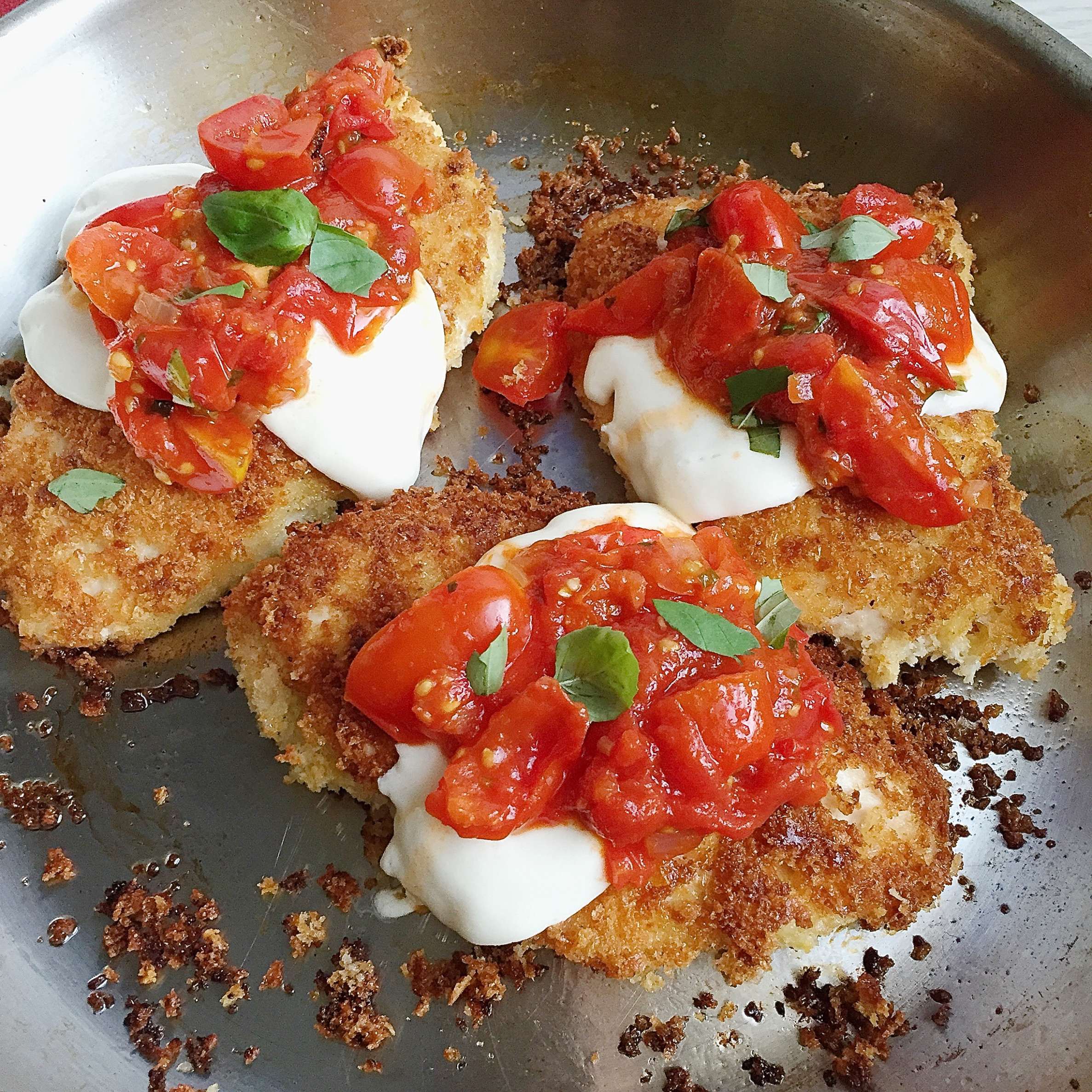 Best Crispy Chicken Parmesan With Tomatoes And Mozzarella ..