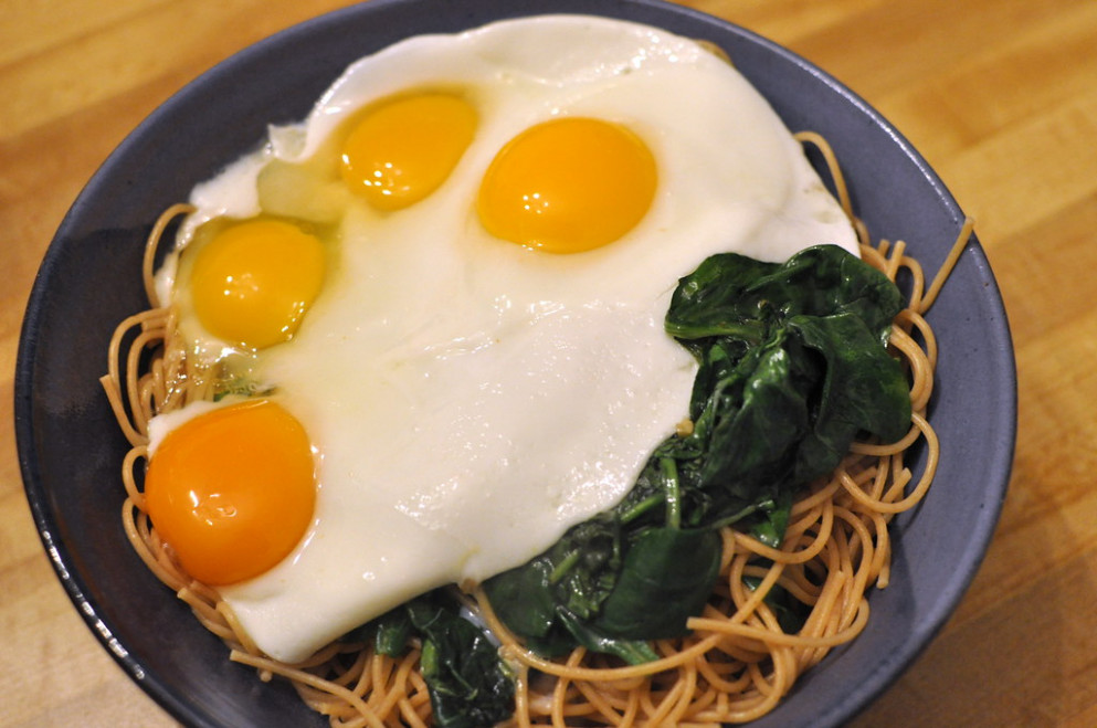 Bittman's Spaghetti With Fried Eggs - Healthy Recipes Eggs