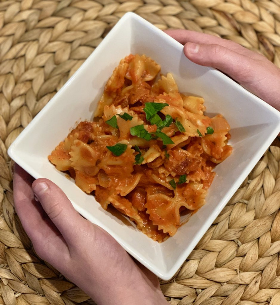 Bowtie Pasta with Bacon and Tomato - dinner recipes bacon