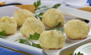 Brazilian Cheese Balls – Brazilian Food Recipes