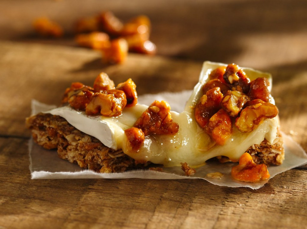 Brie and Candied Walnut Campfire Canapé Recipe - recipes granola bars healthy