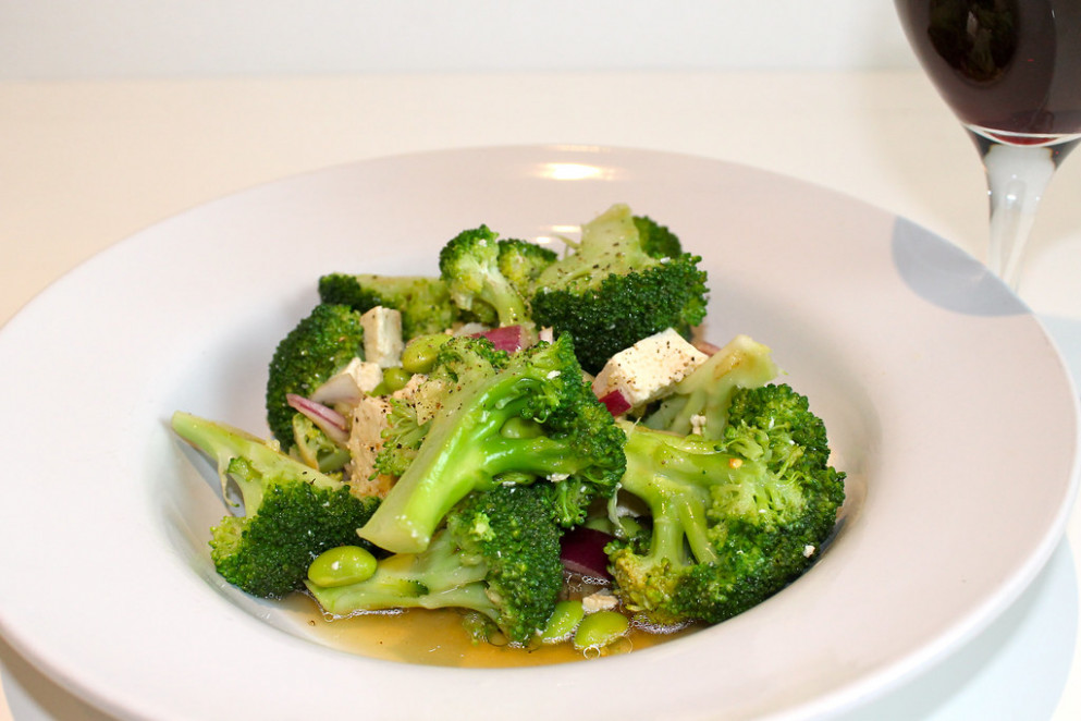 Broccoli, Edame and Tofu Salad - broccoli recipes vegetarian
