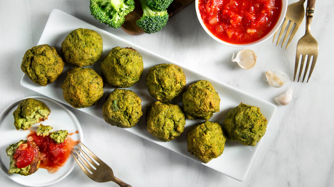 Broccoli Meatballs with Garlic-Tomato Sauce - recipes with broccoli vegetarian