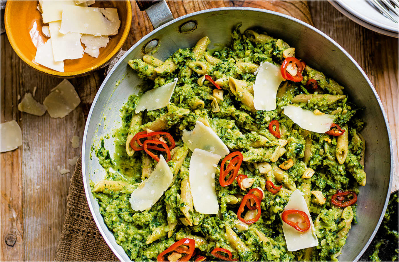 Broccoli pesto penne with chilli and garlic sizzle - healthy recipes with pesto
