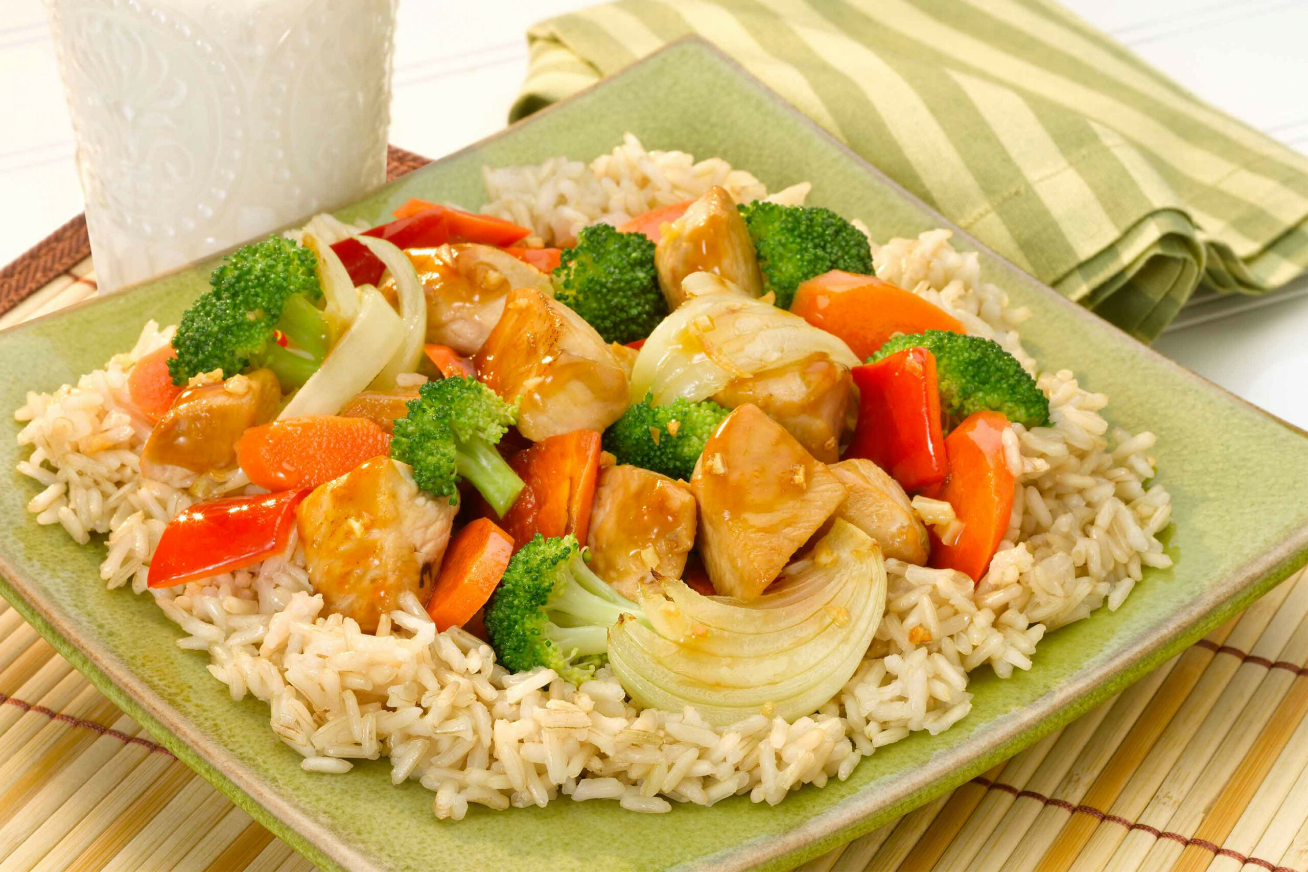 Brown Rice with Sizzling Chicken and Vegetables | Think Rice - vegetarian brown rice recipes