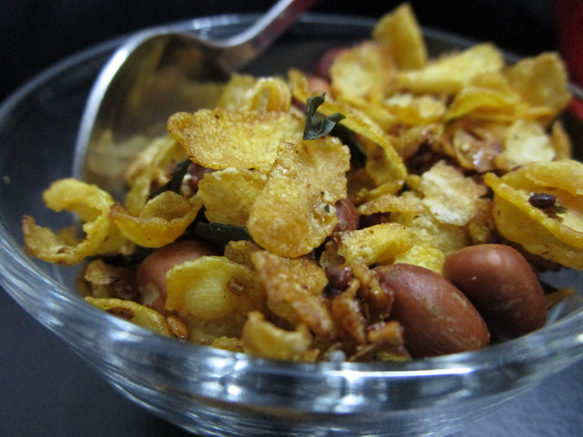 Caramelised Cornflakes Namkeen – Foodeez Junction - food junction recipes