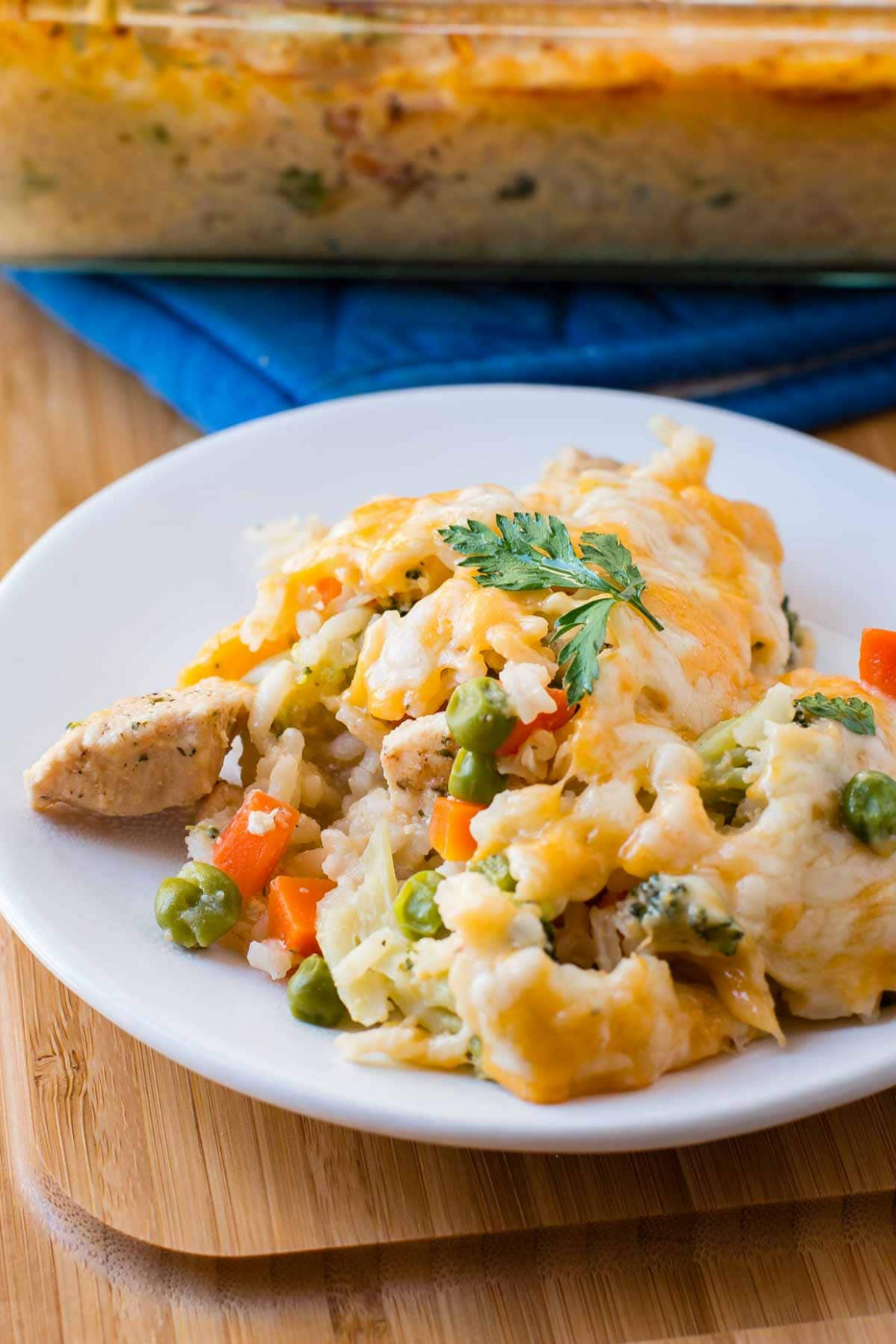 Cheesy Chicken And Rice Casserole - Easy Chicken Recipes Dinner