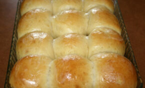 Cheesy Twisted Breadsticks – Recipes Food And Cooking – Recipes Using Hawaiian Dinner Rolls