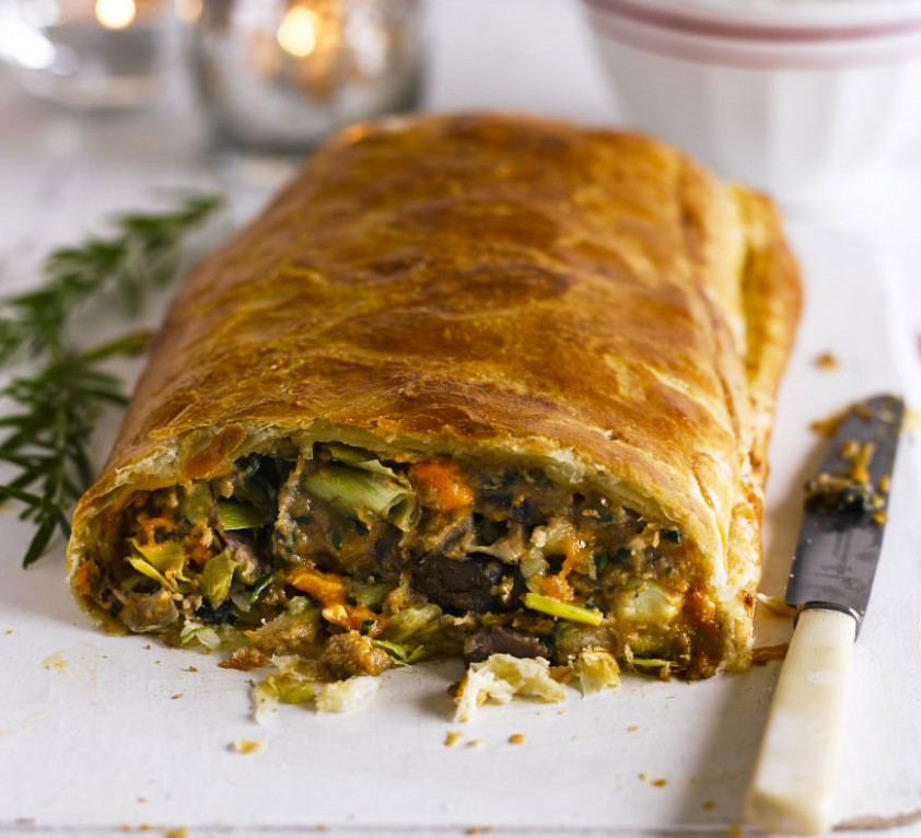 Chestnut, spinach & blue cheese en croûte | BBC Good Food - vegetable recipes for xmas dinner