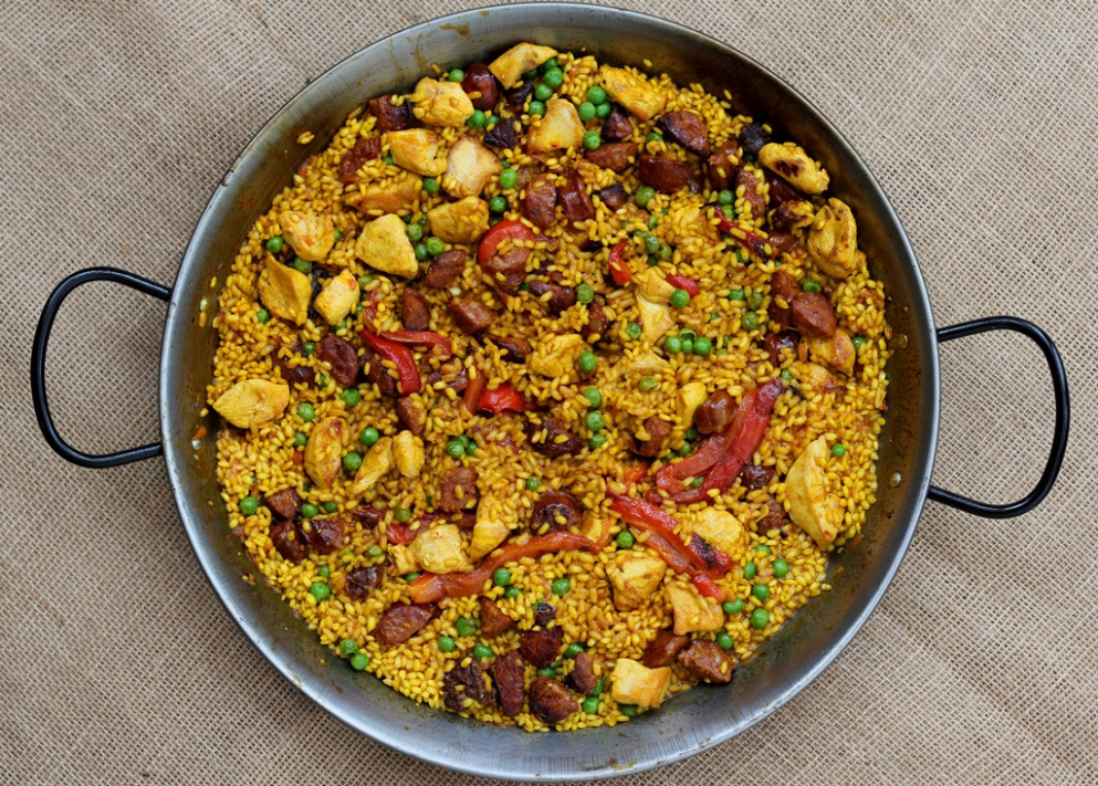 Chicken and chorizo paella recipe | Easy paella recipe ..