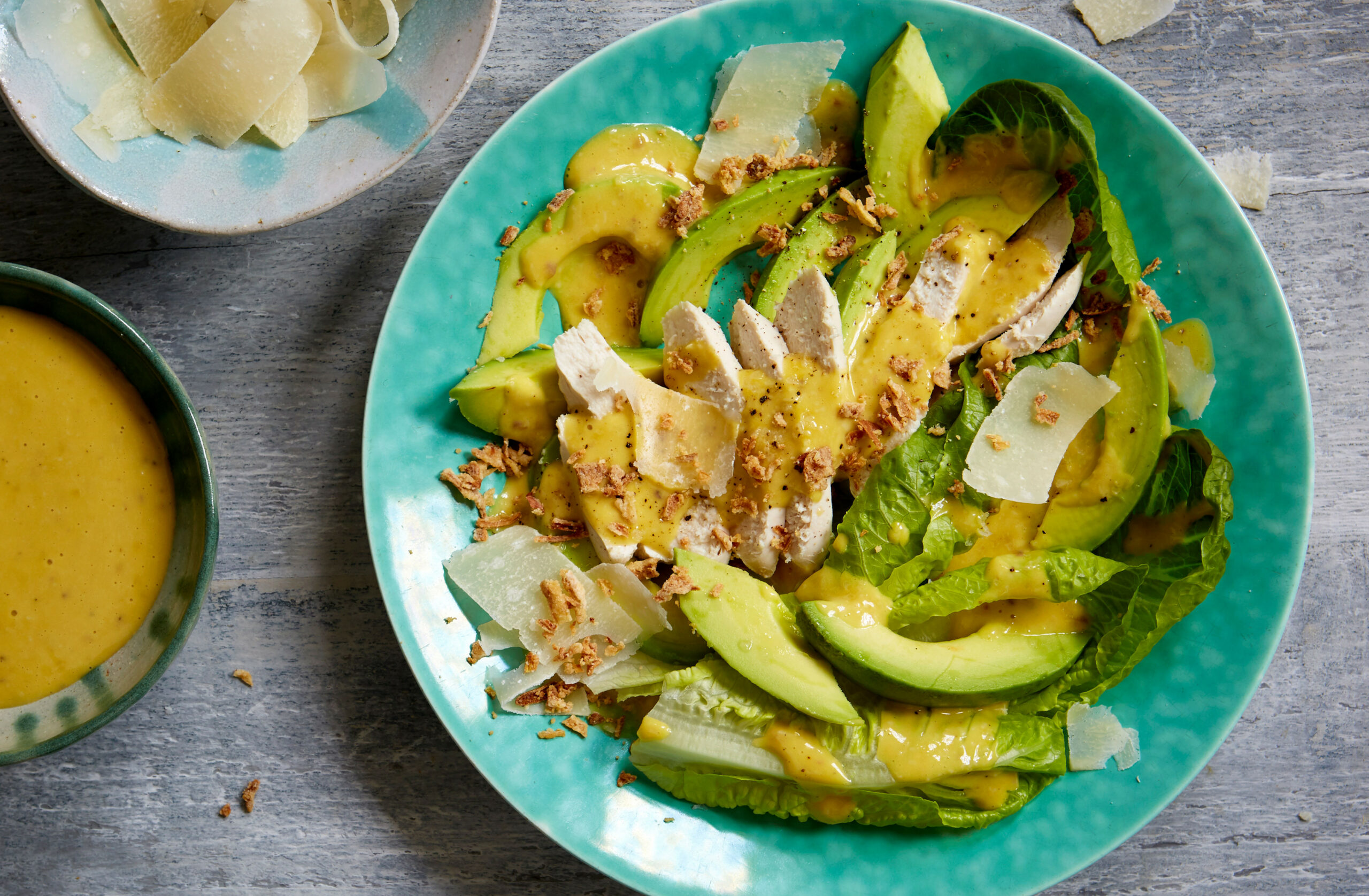 Chicken Caesar salad with avocado - avocado recipes chicken