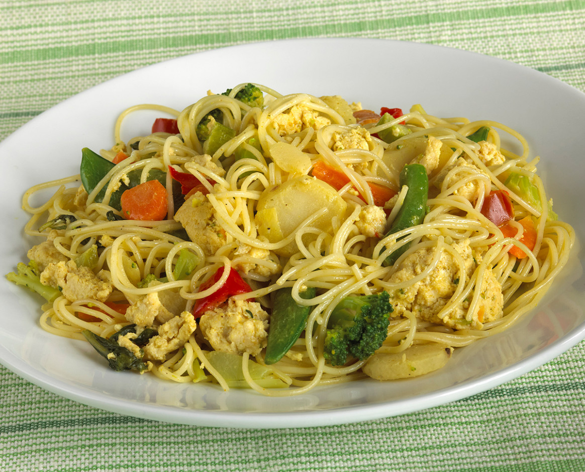 Chicken Curry Skillet with Stir-Fry Veggies and Noodles ..