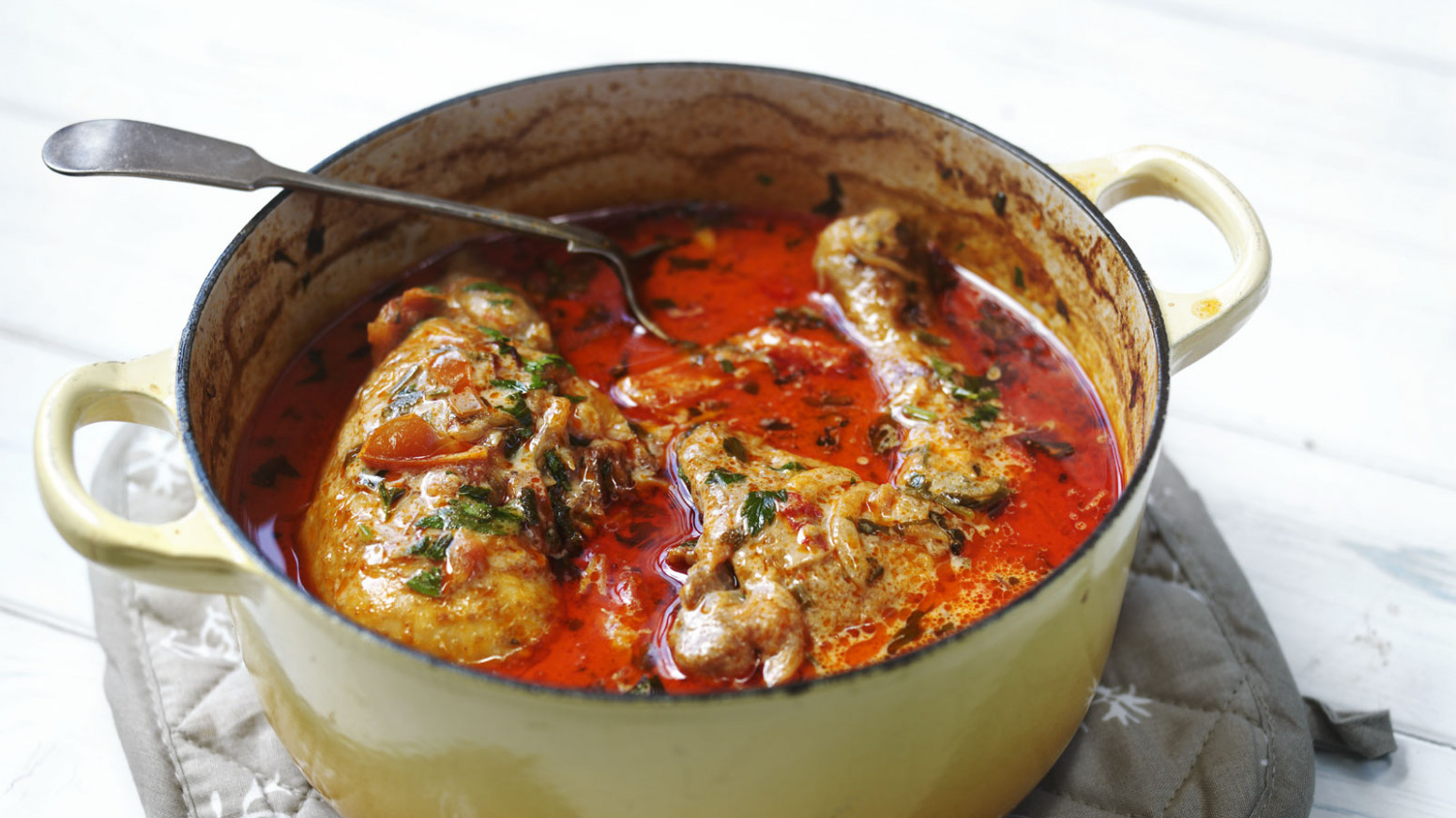 Chicken paprika - recipes of chicken