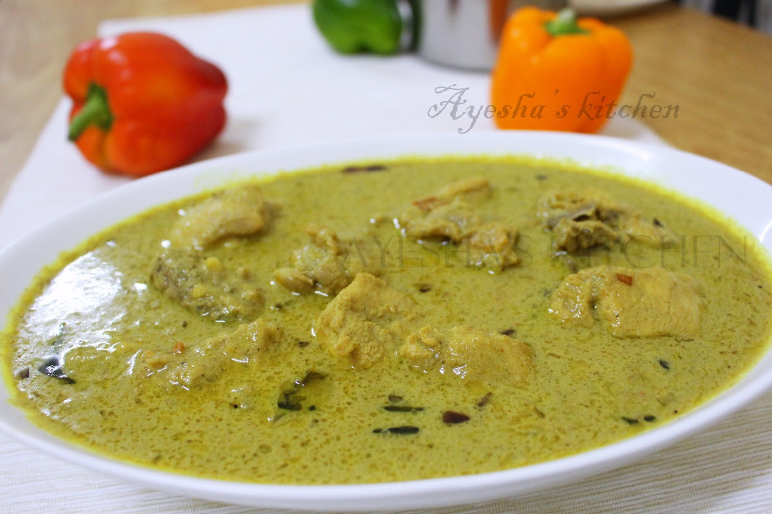 CHICKEN RECIPES - CHICKEN IN ROASTED COCONUT GRAVY/ THENGA ..