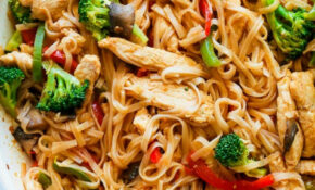 Chicken Stir Fry With Rice Noodles (15 Minute Meal) – Healthy Recipes Noodles