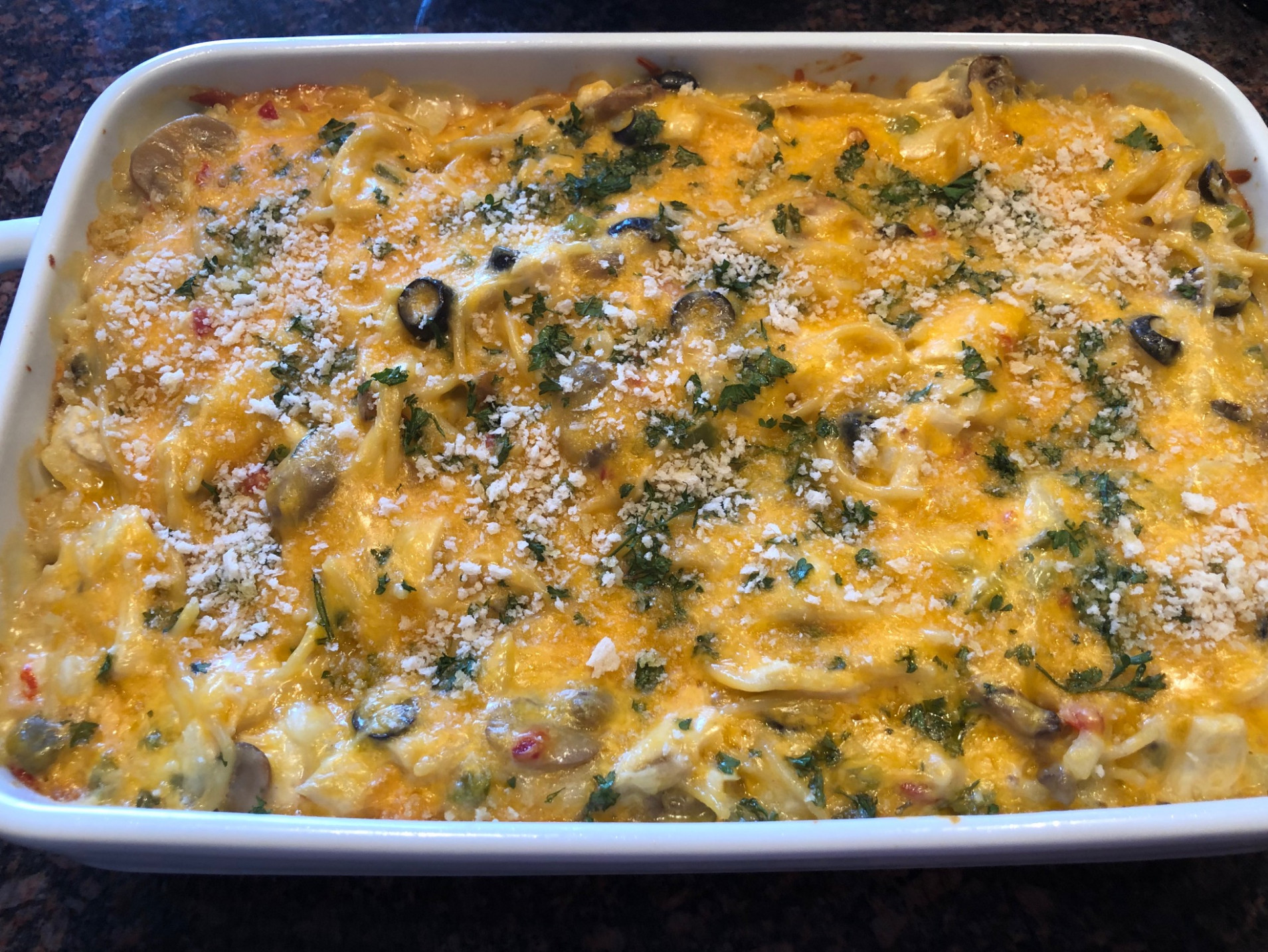 Chicken Tetrazzini for a Crowd - chicken recipes to feed a crowd