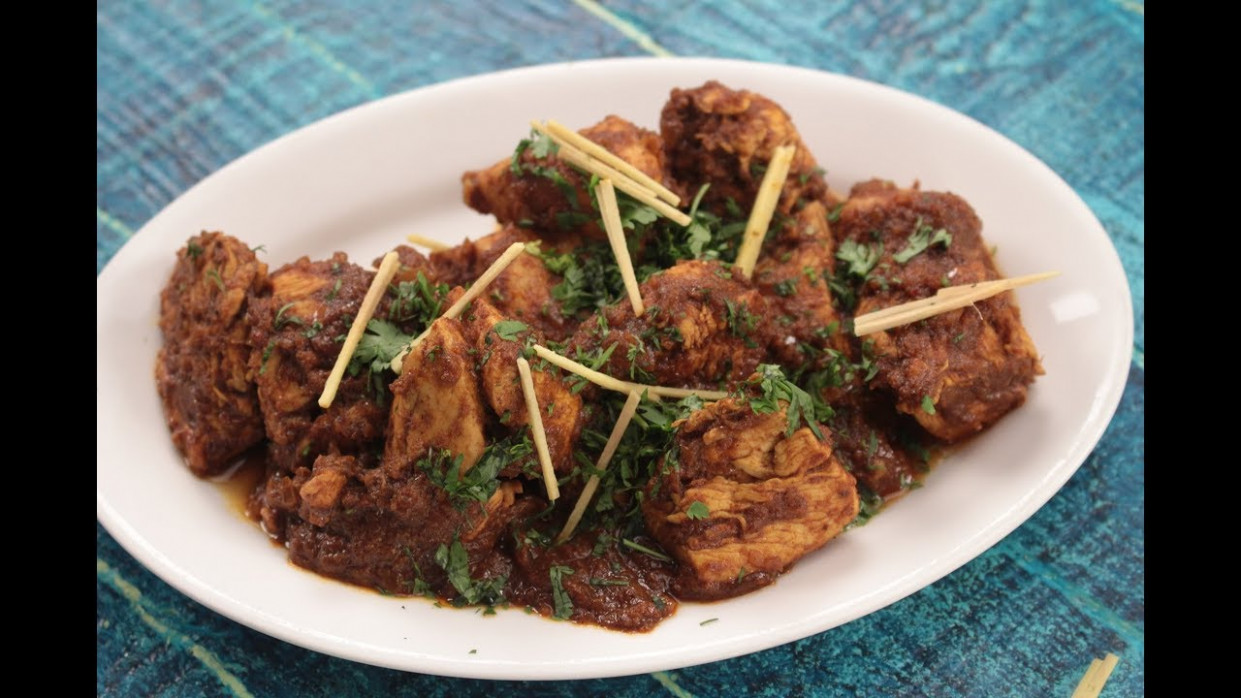 Chicken Xacuti | Sanjeev Kapoor Khazana - YouTube - Chicken Xacuti Recipe Video