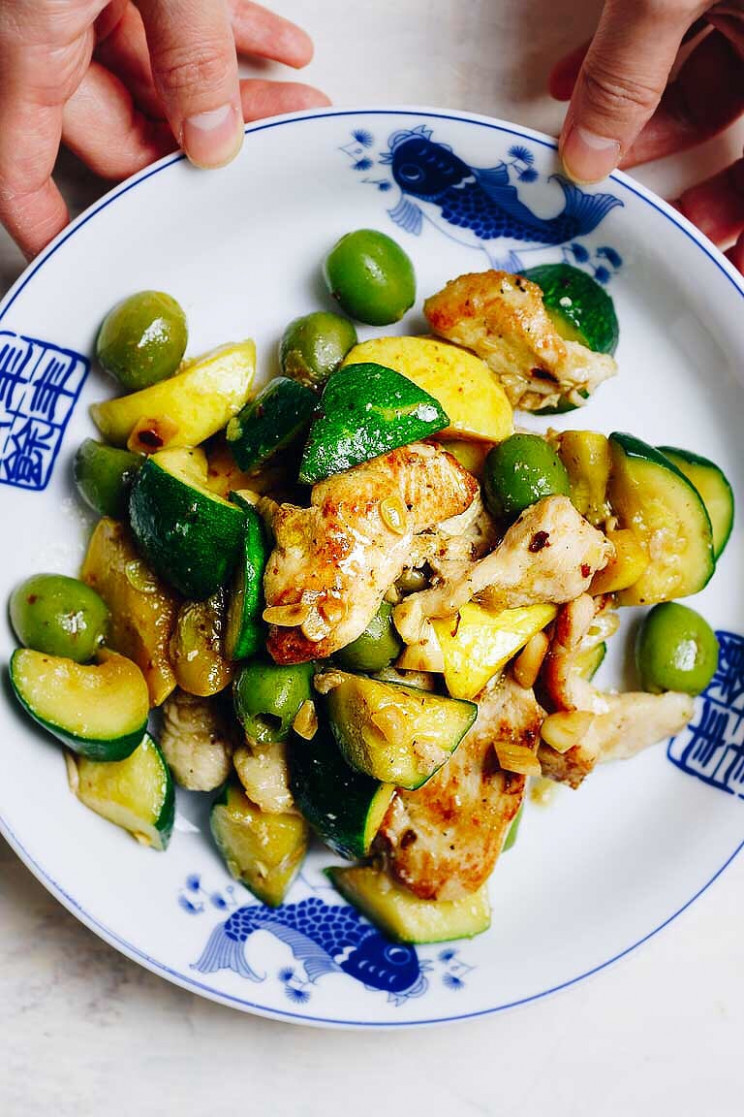 Chicken Zucchini Stir-Fry (Paleo, Whole13, Keto) | I Heart Umami - dinner recipes with zucchini and squash
