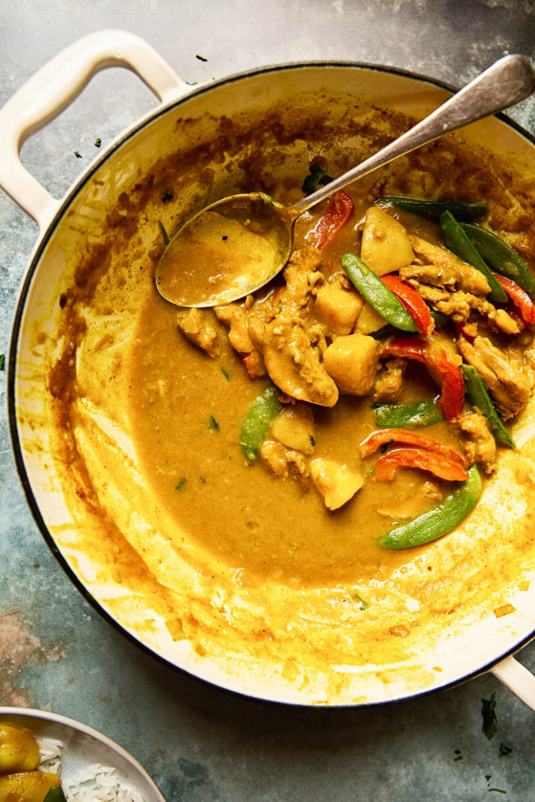 Chinese Chicken Curry - Vikalinka - Authentic Chinese Recipes Chicken