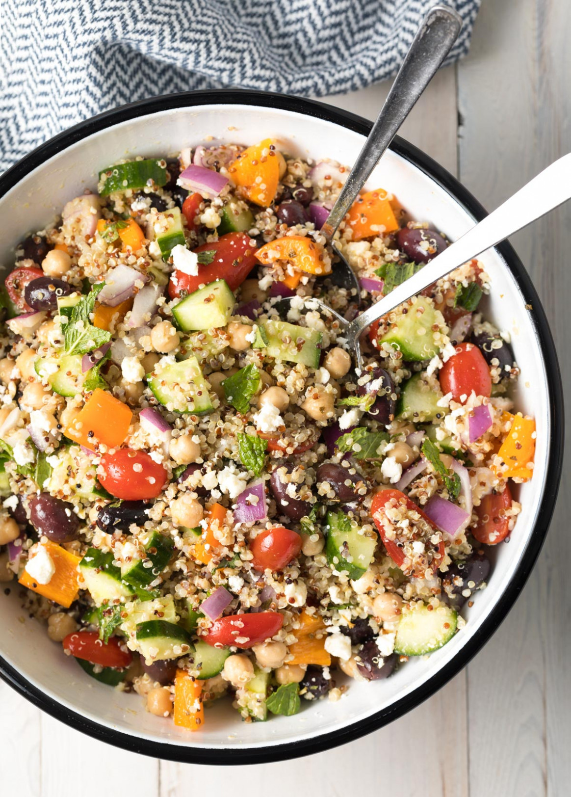 Chunky Mediterranean Quinoa Salad - food recipes quinoa
