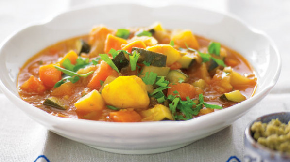 Chunky winter vegetable soup - 9Kitchen - winter soup recipes vegetarian