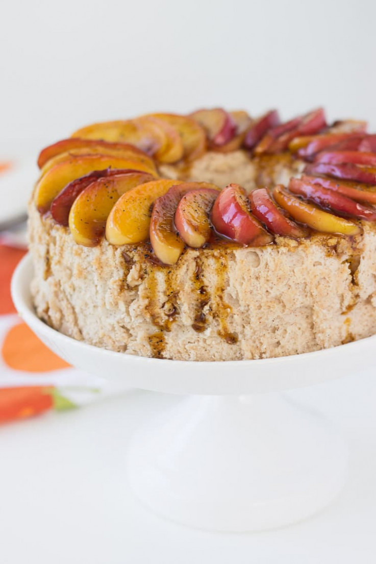 Cinnamon Angel Food Cake with Caramelized Apples - A Classic ..