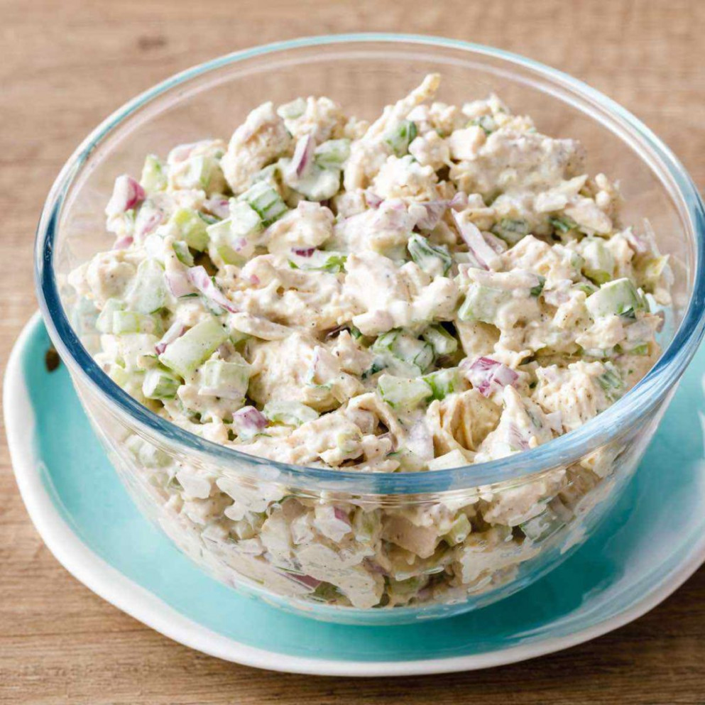 Classic Chicken Salad with Homemade Paleo Mayo (Holy Yum) - recipes of chicken salad