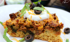 Clean Eating Mexican Cornbread Casserole | HappiHomemade ..
