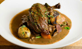 Coq Au Vin – Chicken Recipes For A Crowd