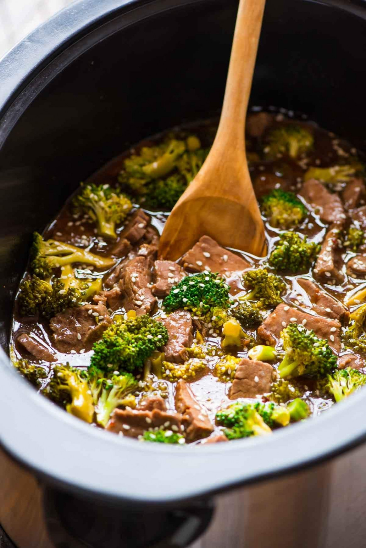 Crockpot Beef and Broccoli - healthy recipes slow cooker