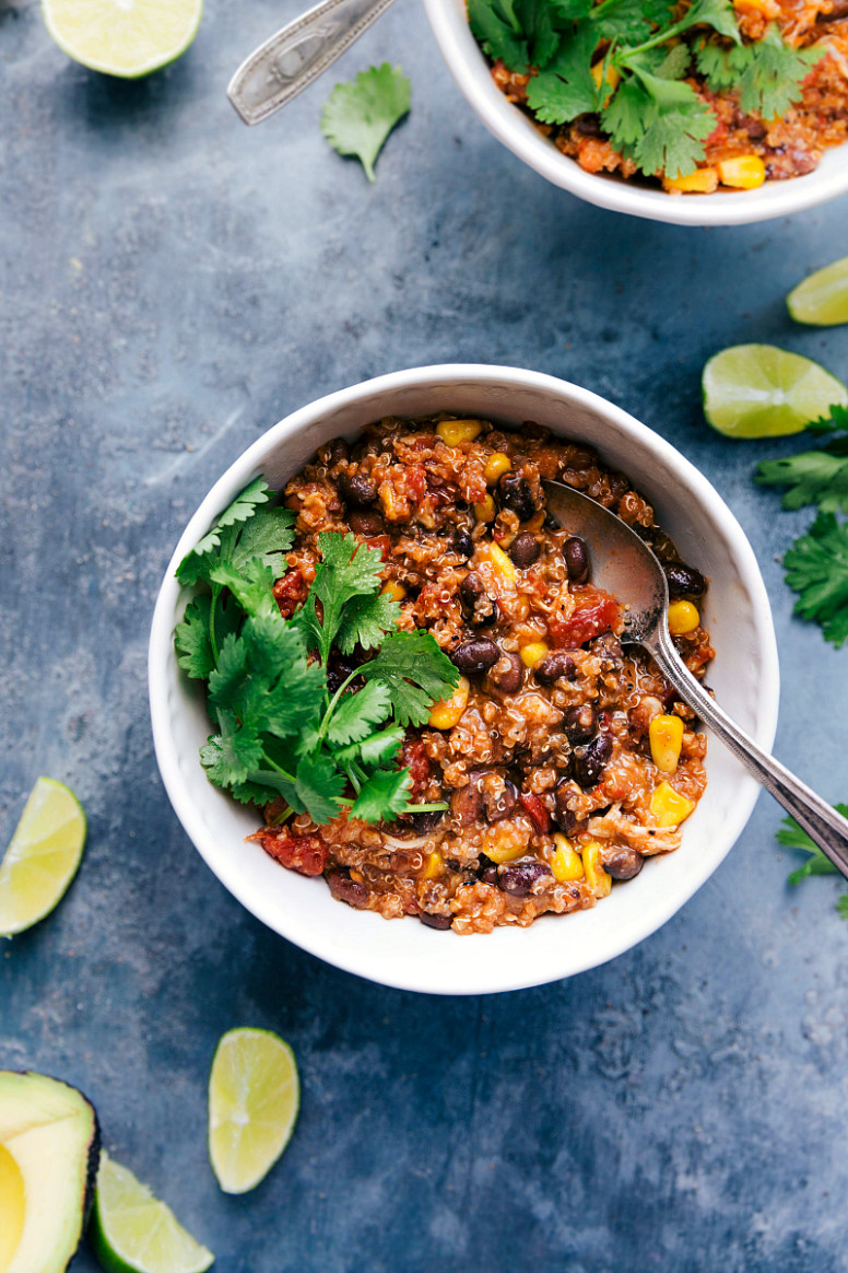 Crockpot Quinoa Chili - recipe vegetarian quinoa chili