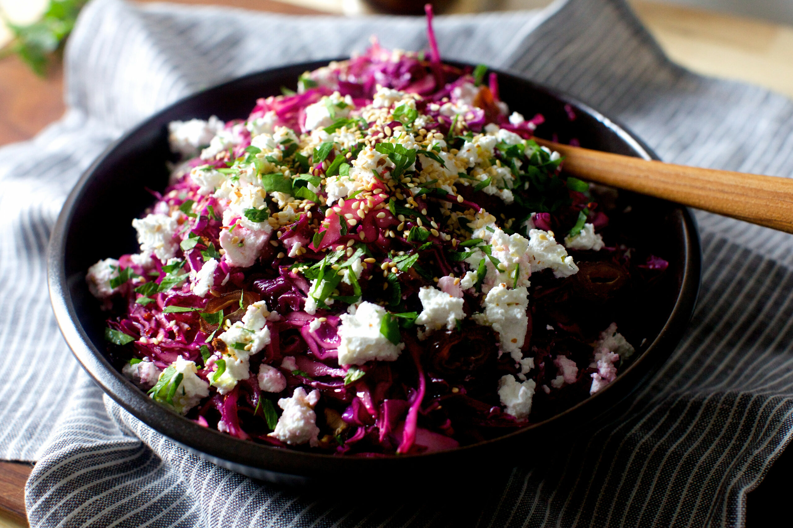 Date, Feta And Red Cabbage Salad | KeepRecipes: Your ..