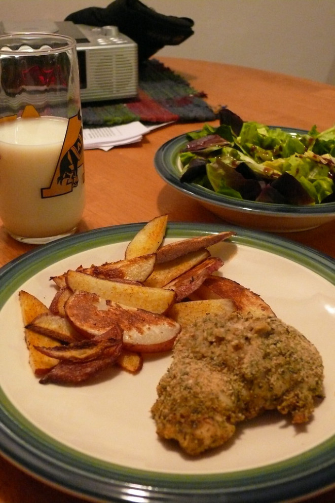 Day 2: Breadcrumb Covered Baked Chicken with Healthy Fries and a Salad - diet recipes dinner