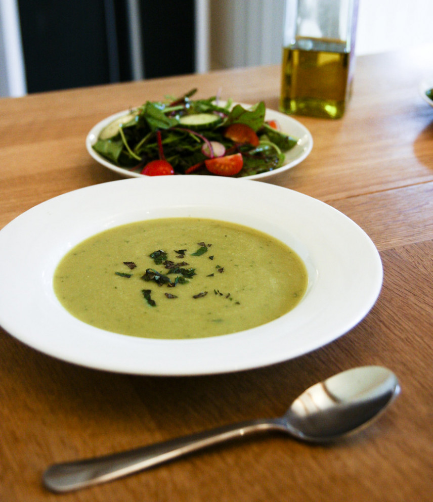 Dinner: Broad Bean and Mint Soup - vegan dinner recipes uk